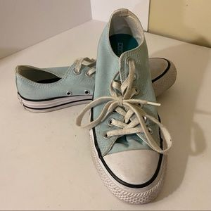 CONVERSE sky blue ankle height sneakers size 6